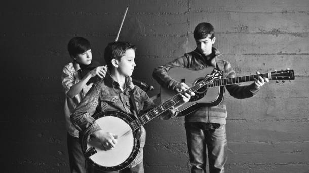 obx entertainment banjo boys bring young bluegrass to obx festival concert preview obx. Black Bedroom Furniture Sets. Home Design Ideas