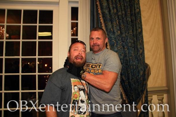 Kane Hodder (Jason Voorhees in 'Friday the 13th' parts 7-10) got his hands around OBXentertainment.com Editor in Chief Matt Artz!