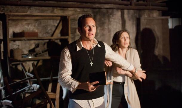 Patrick Wilson and Vera Farmiga get spooked in 'The Conjuring'.