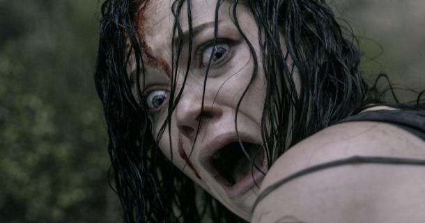 Jane Levy sees terror in 'Evil Dead'.
