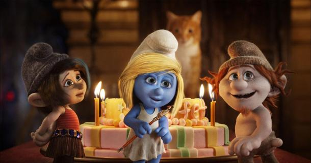 Smurfette meets some new not-so-smurfy friends in 'The Smurfs 2'.