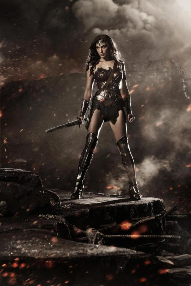 Your first look at Gal Galdot as Wonder Woman in 'Batman v Superman: Dawn of Justice'.