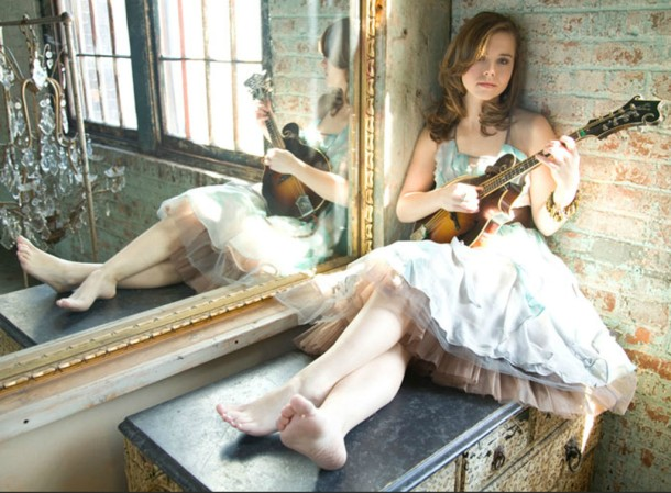 Sierra Hull will be live in concert at the 3rd Annual Outer Banks Bluegrass Festival, Sept. 25-28, 2014 at  Roanoke Island Festival Park in Manteo, NC.