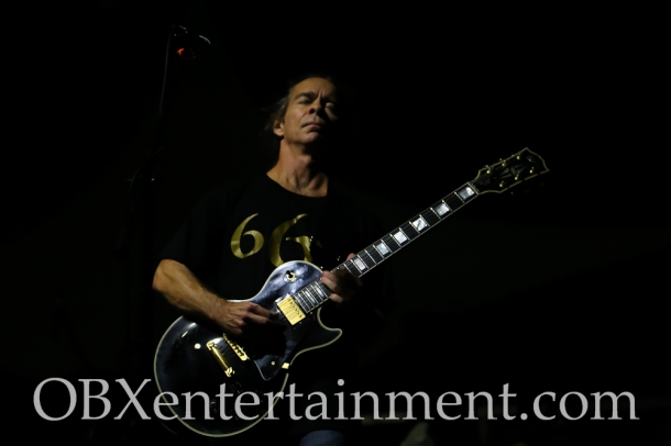 Tim Reynolds and TR3 on stage at the Mustang Music Festival at Whalehead in Corolla, NC. (photo by Matt Artz for OBXentertainment.com)_0008