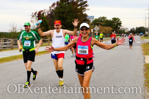 Outer Banks Marathon - November 9, 2014 (photo by Matt Artz for OBXentertainment.com)_0100