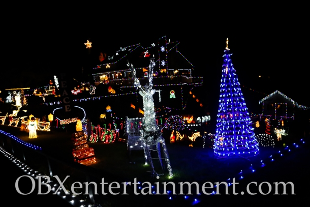 The Outer Banks Christmas House - Thanksgiving Night 2014 (photo by Matt Artz for OBXentertainment.com)_0011