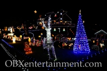 The Outer Banks Christmas House - Thanksgiving Night 2014 (photo by Matt Artz for OBXentertainment.com)_0012