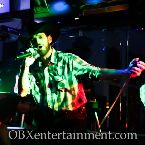 Jolly Roger karaoke contest - February 18, 2015 (photo by Matt Artz for OBXentertainment.com)_0007